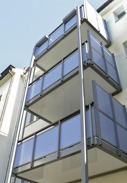 Balkon-Kronoplan-P1080515LXShPClcFVutc