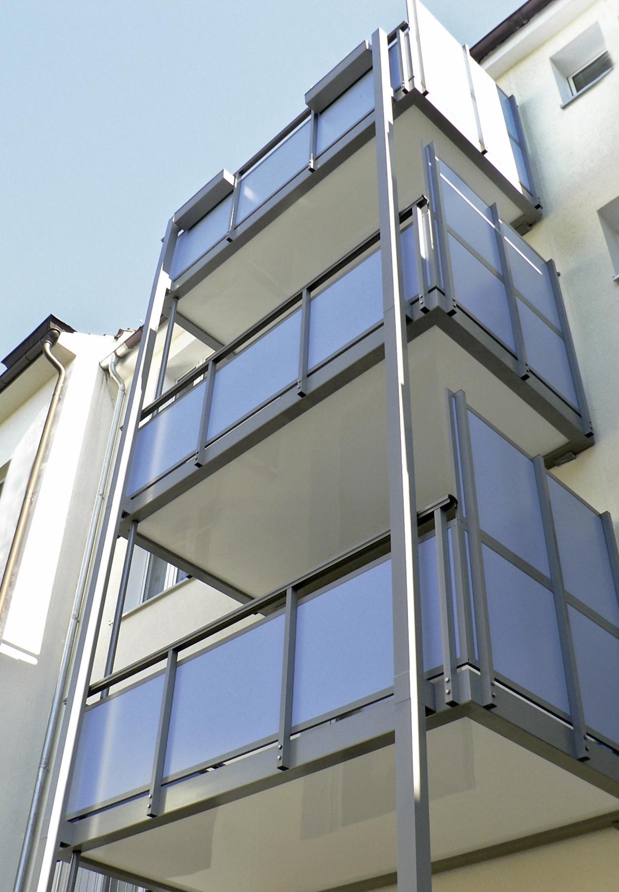 Die Vorteile Von Hpl Platten Als Balkonverkleidung Vorde Kunststoffe